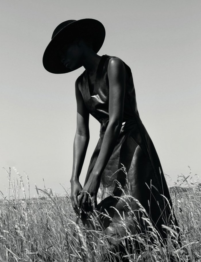 the-libertine-magazine-its-my-turn-kinc3a9e-diouf-by-viviane-sassen-for-another-magazine-autumn-2013-1